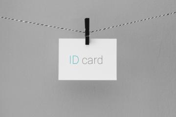 С 1 июня вид на жительство иностранцам будут выдавать в форме ID-карточек